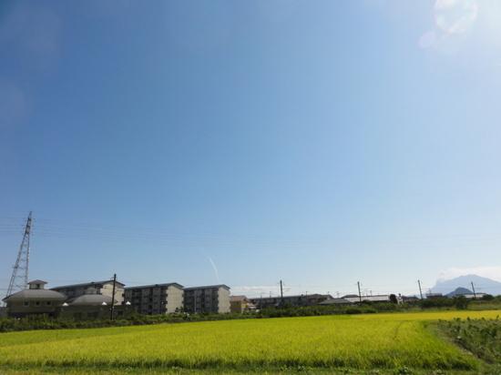 桜島とH2A.JPG