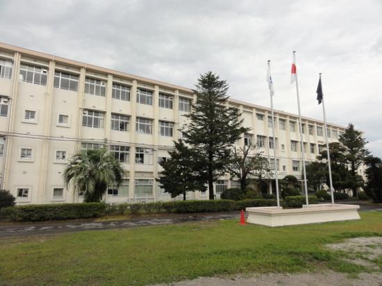隼人工業祭 校舎.JPG