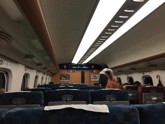 九州新幹線内.JPG