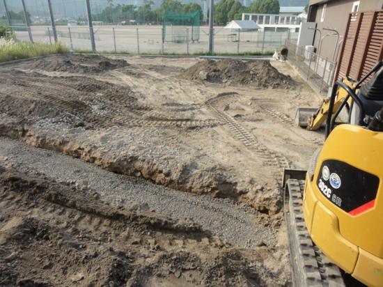 駐車場整備2015.JPG