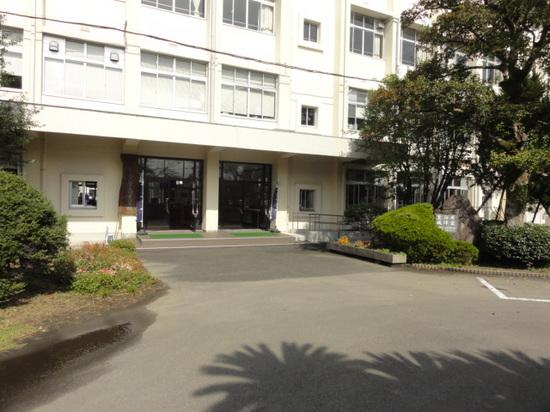 校舎2015.JPG