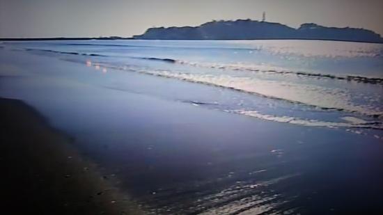季節はずれの海岸物語 江の島 海岸.JPG