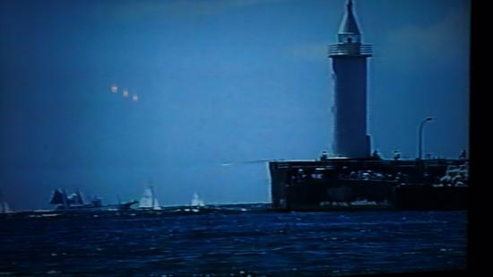 季節はずれの海岸物語 灯台.JPG