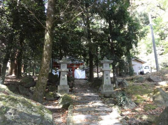 石体神社.JPG
