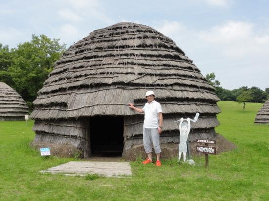 竪穴式住居.JPG