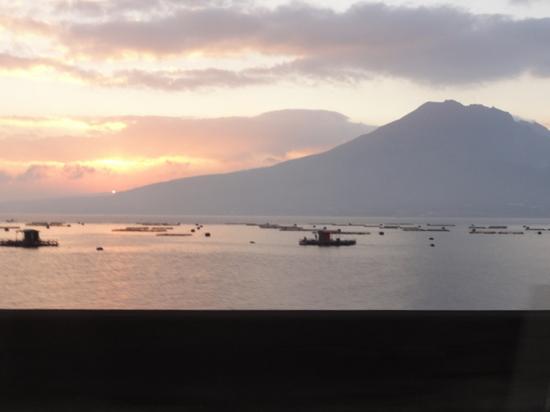 桜島の朝陽.JPG