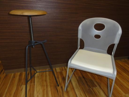 椅子比べ.JPG