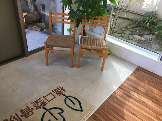 2016.10.29椅子購入.JPG
